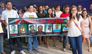 A protesto na assembleia - 2013out30 - 007 ESTA
